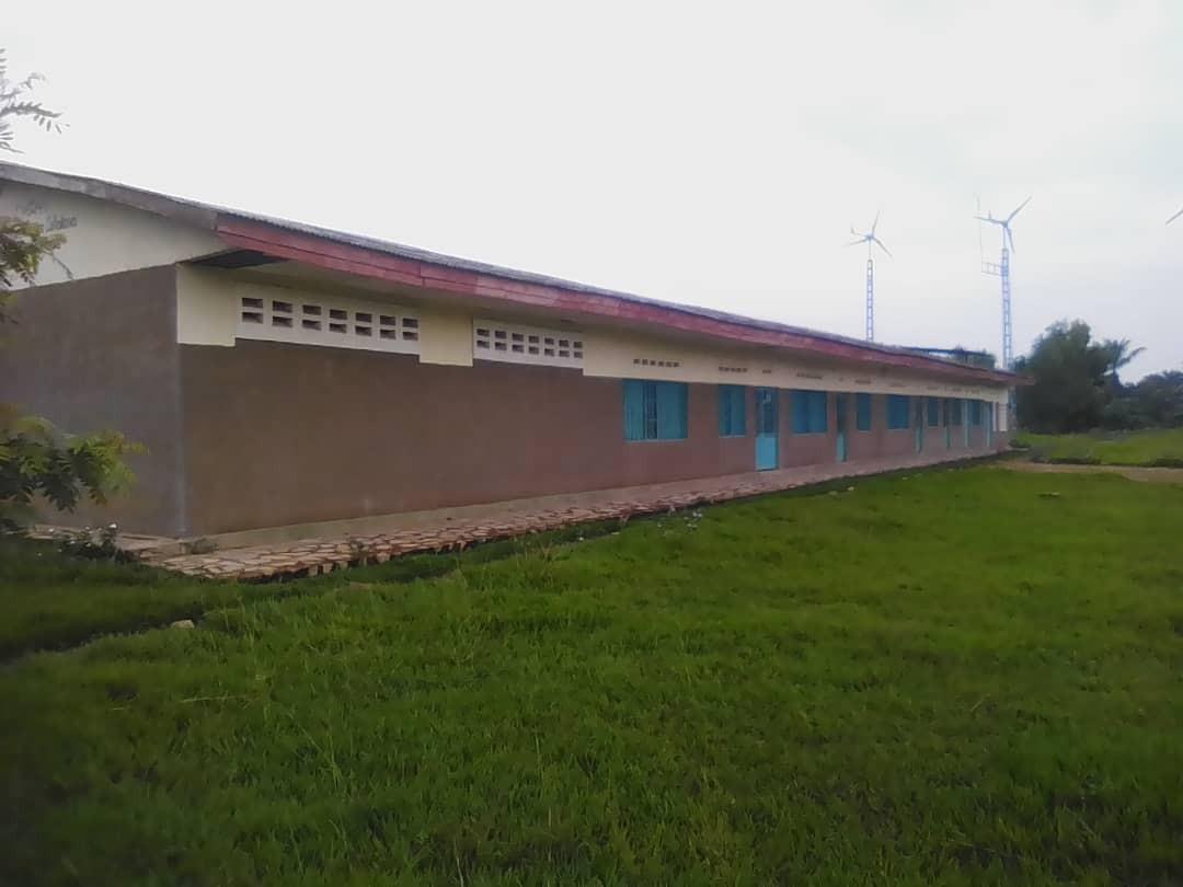 Lycée Ndeji