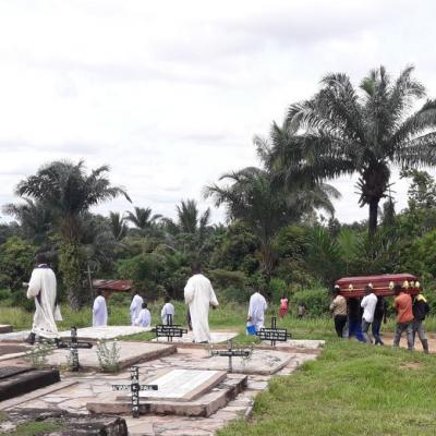 Abbe jean nkongolo enterrement